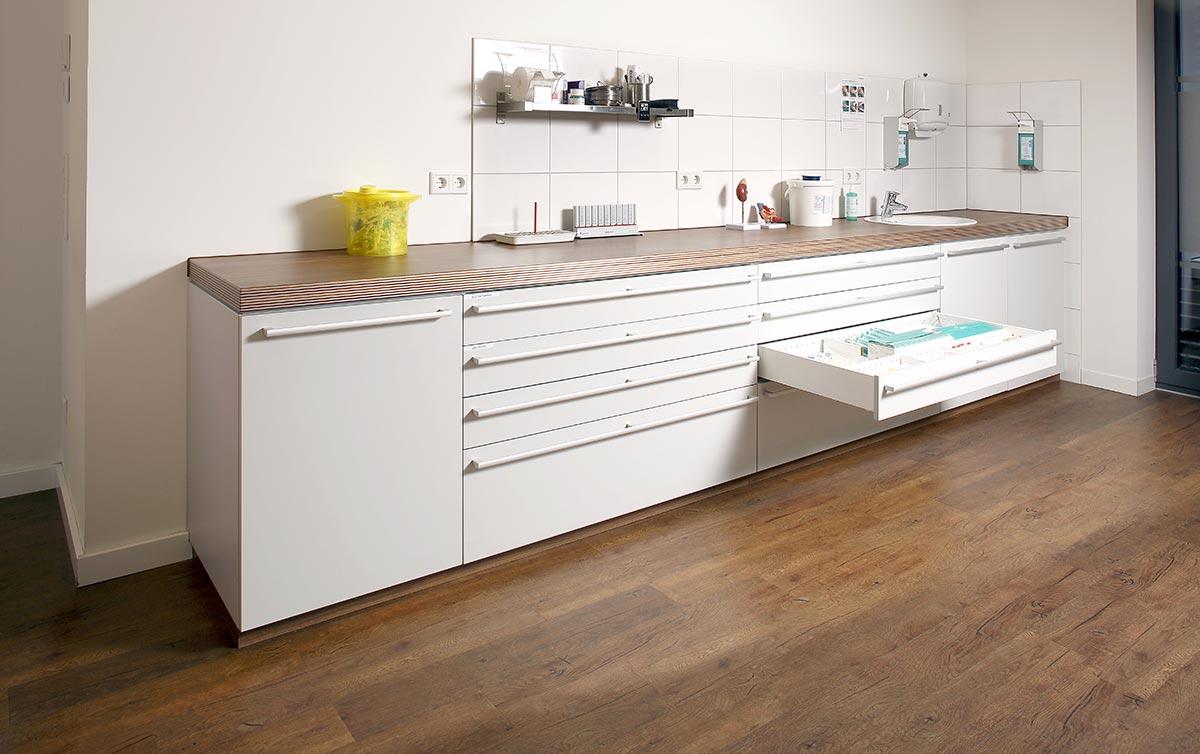 arztpraxen tischlerei beckmann. Black Bedroom Furniture Sets. Home Design Ideas