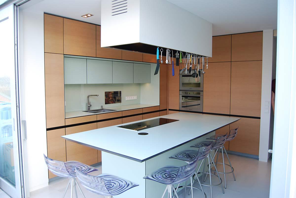 Die Küche ist das Herz Ihres Zuhauses. Möbel vom Tischler.